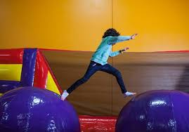 kids birthday party place indoor