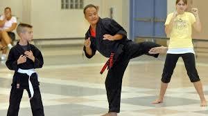 Murrieta Karate Kid Kicker Teaching Kids The Art The San Diego Union Tribune