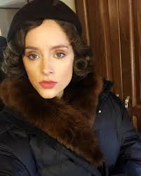 sophie rundle biography height