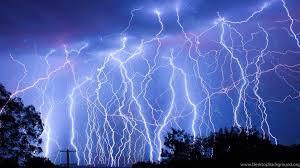 62 lightning strike wallpapers on