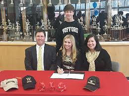 Sara Hayes Signs her NLI with Wofford