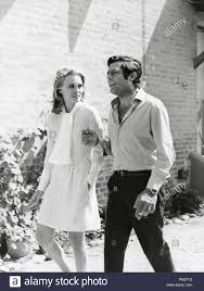 Faye Dunaway and Marcello Mastroianni on the set of