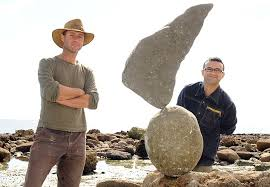 Stone me! Meet the man who's made balancing giant rocks an artform | Daily  Mail Online