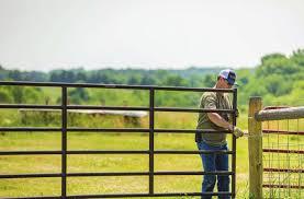 Https Www Hooverfence Com Mas Assets Media Hooverfence Pdfs Catalog Tarter Farm And Ranch Pdf