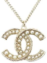 chanel pearl gold xl pendant cc logo