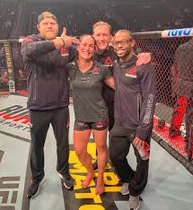 """Jessica Eye on Twitter: """"Finger guns 🔫and Saturday night fights 🤜🏼with  my favorite guys . #memories 😈… """""""