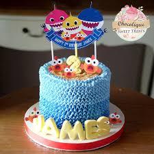 baby shark ercream cake for james