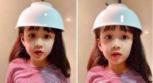 Bé gái 4 tuổi 'đốn tim' dân mạng với kiểu tóc bát úp - VTC News