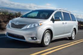 2016 toyota sienna review ratings