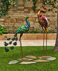 bird outdoor statue peacock flamingo