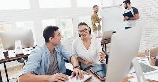 8 powodów, dla których warto pracować w software house