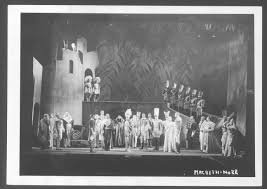 ORSON WELLES' INTERMEDIAL VERSIONS OF SHAKESPEARE IN THEATRE, RADIO AND FILM
