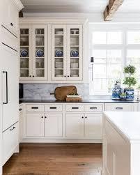hillary-taylor-interior-design-classic-white-marble-kitchen-blue ...