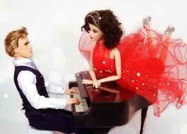 Hình nền : Đỏ, búp bê, trang phục, đàn piano, Barbie, Trò chơi ...