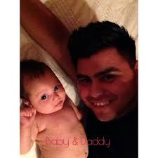 """Abel Flores on Twitter: """"Baby and Daddy http://t.co/hO7BSloDND"""""""