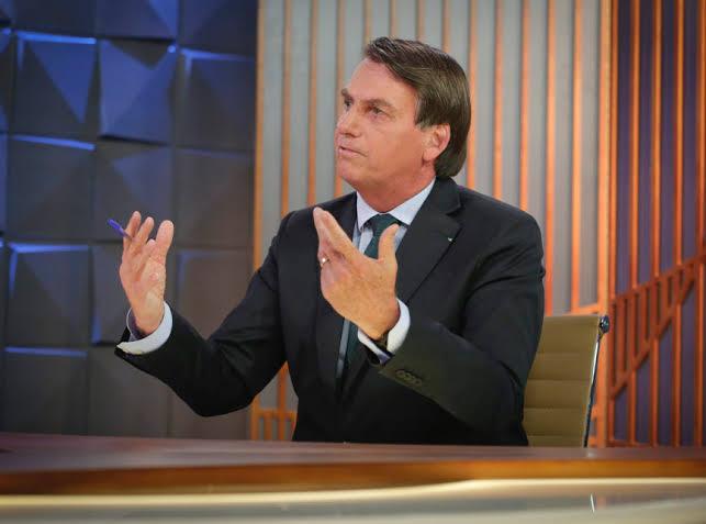 """Resultado de imagem para 'Lula já é uma carta fora do baralho', diz Bolsonaro em entrevista ao SBT"""""""