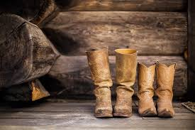how to clean leather boots using