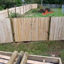 Here Is A Simple 6 Foot Stockade Fence Tripp Construction Enterprises Facebook