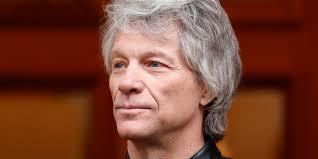 Jon Bon Jovi washes dishes to feed hungry amid COVID-19 outbreak