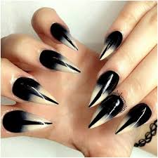 manicure trending black nail art ideas