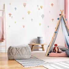 Beautiful Hot Air Balloon Wall Stickers For Happy Kids Rooms Plastic Free Wall Decals Made Of Sundays