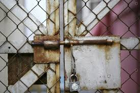 Chain Link Fence With Padlock Image Stock By Pixlr