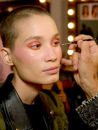 the micro concealing makeup technique