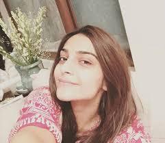 without makeup selfie sonam kapoor