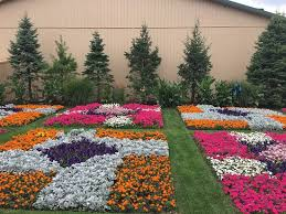 quilt garden along the elkhart heritage