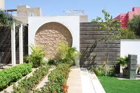 9 ways to a stylish boundary wall