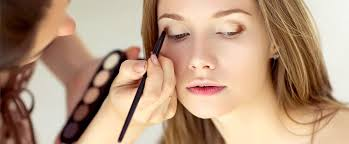 makeup artist for your wedding day