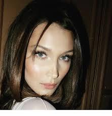 blue eyes and natural makeup