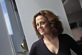 sigourney weaver wallpaper background