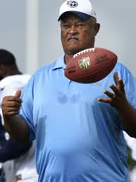 Titans' Terry Robiskie gives Kendall Wright motivational jab