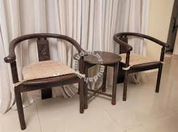 bali style chairs coffee table