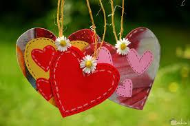 صور قلوب حب و خلفيات رومانسية