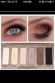 natural makeup for blue green eyes