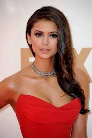 red dress prom makeup b2b fashion