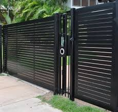 60 Gorgeous Fence Ideas And Designs Renoguide Australian Renovation Ideas And Inspiration Modern Fence Design Fence Design Modern Fence