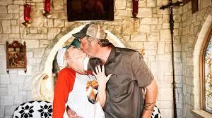 Megan Rapinoe and Sue Bird Are Engaged ...