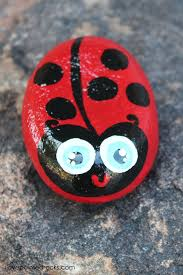 paint rocks that look like ladybugs