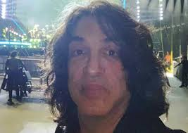 paul stanley forgets kiss makeup in bad