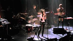 Charlotte Gainsbourg - IRM (Live) - YouTube