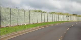 6 Commonly Asked Questions About Vinyl Fence Repair David S Fencing Ewa Nearsay