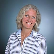 Hilary Cox headshot - Wiser Healthcare
