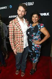 Aarti Sequeira - Aarti Sequeira Photos - AT&T AUDIENCE Network Premieres  'Loudermilk' and 'Hit the Road' - Zimbio
