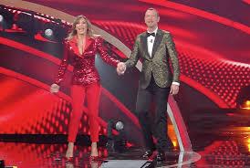 Sanremo 2020, abiti di Sabrina Salerno al Festival: stilista, look ...