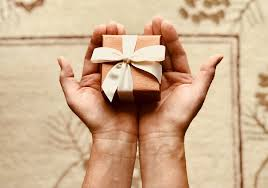 10 gifts for mba college students