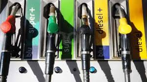 Coronavirus: negozi chiusi, ma pompe di benzina aperte