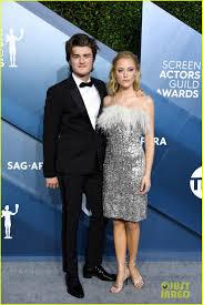 Maya Hawke & Joe Keery Support 'Stranger Things' at SAG Awards ...